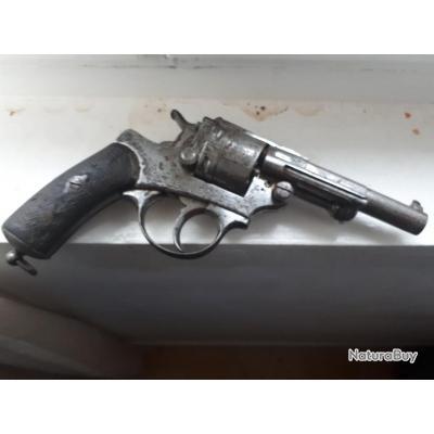 Revolver 1873 parfait état de tir 11m poudre noir