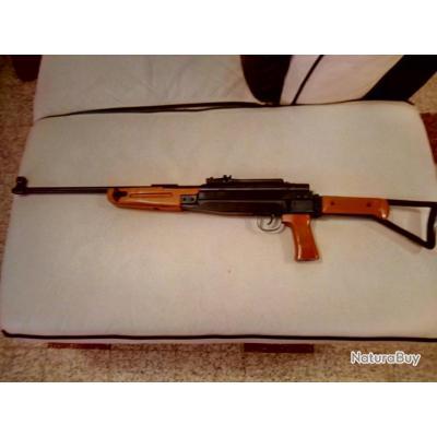 """carabine """"tytan,AK-47"""",calibre 5.5,15 joules."""