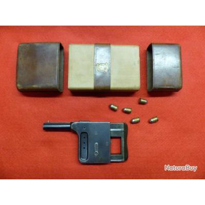 PISTOLET LE GAULOIS N°1 CAL  8mm  Avec son étui cuir