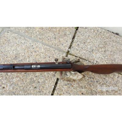 Carabine VOERE, Calibre 22LR, à répétition manuelle avec chargeur