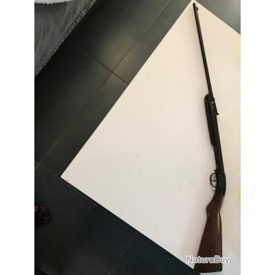 carabine a air comprimé  signée SAVAGE