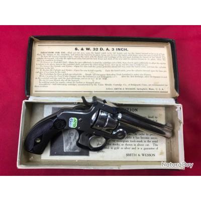 Revolver Smith & Wesson 32DA cal.32S&W + boite (1298)