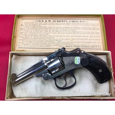 Revolver Smith & Wesson Safety Hammerless cal.32S&W 1er modèle + boite d'origine (1299)