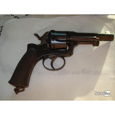 Tres beau revolver Fagnus Maquaire cal 11mm.