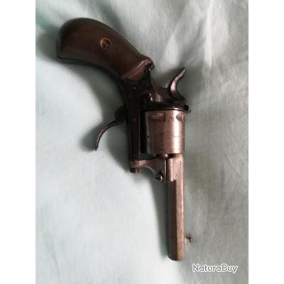 pistolet ( le foudroyant de 1878 de l'exposition universelle