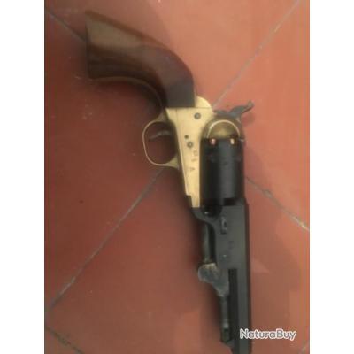Revolver Pietta 1851 navy rebnord shérif calibre 36