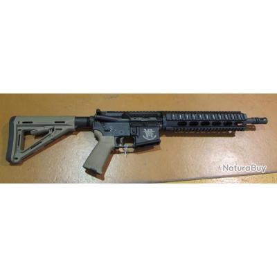fusil SDM  M4 Team SIX, canon 11,5 pouces avec cache flamme A1, cal 223rem, bon etat