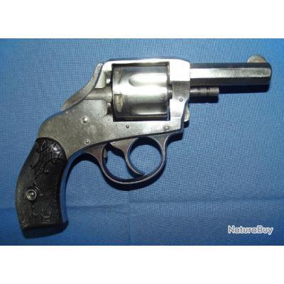 Revolver Harrington & Richardson Arm's Conpany Safety Hammer double action