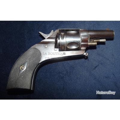Beau petit revolver bulldog belge a système calibre 320 a ressort 4 fonctions pour l'export