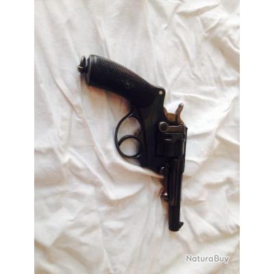 revolver 1874 Saint Etienne S1881
