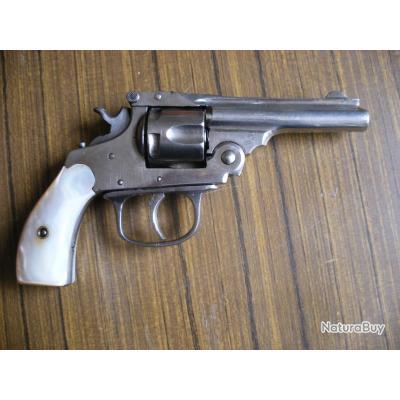 Superbe revolver type SMITH&WESSON -cal.32 (modèle peu courant , voir descriptif )