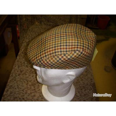 destockage : très bellle casquette CITY SPORT de taille 57