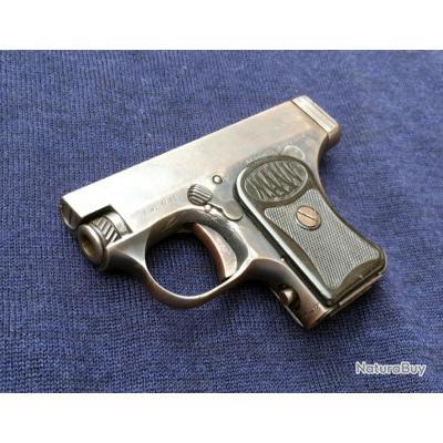 Pistolet automatique Mann calibre 6,35