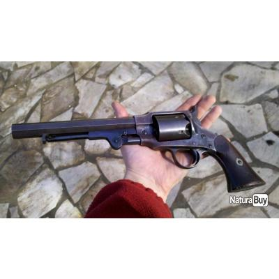 revolver Rogers & Spencer army calibre 44, montrant des signes d'utilisation