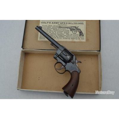 COLT 1895 REVOLVER Unique modèle MILITAIRE US ARMY à pontet large 38 Long Colt - USA XIXè Très bon