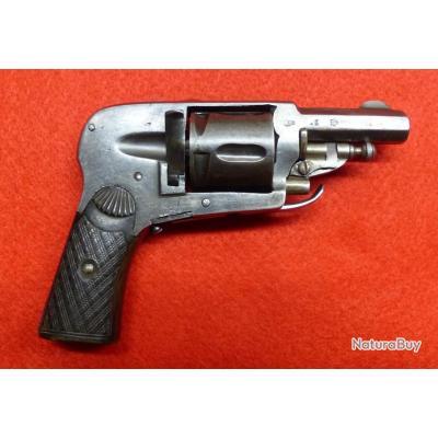 Revolver calibre 6,35 mm de Saint Etienne
