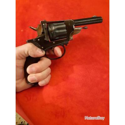 Gros Revolver 8mn92