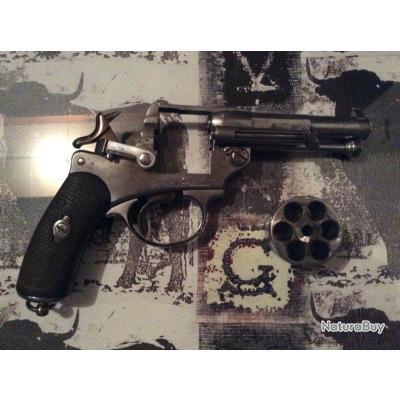 Beau revolver 1873