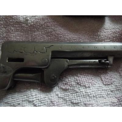 revolver poudre noire