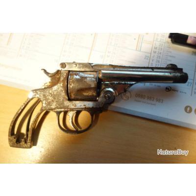 revolver espagnol copie de smith et wesson Cal 38
