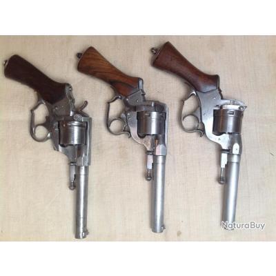 Lot de revolver PERRIN