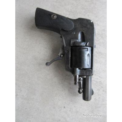 REVOLVER 6,35 hammerless ressort de rappel ou autre hs, vendu dans l'état.