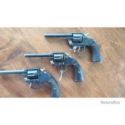 Lot de 3 Colt  New Police, cal. 32 S&W Long, pour révision ou pour pièces, sans prix de réserve !