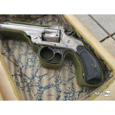 LIVRE ANCIEN ARME CACHEE SMITH AND WESSON CAL 32