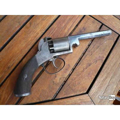 rare et beau revolver à percussion calibre 9 mm signé ADAMS