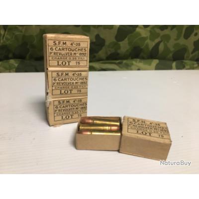 Boites munitions 8mm poudre  à 1euro sans prix de reserve