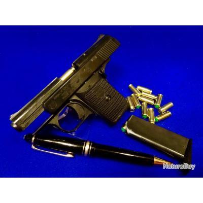 Petit pistolet d'alarme de poche en état neuf ,modèle allemand rare ...