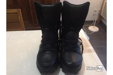 Chaussures tactique Adidas GSG9 Neuf Taille 8 US ( 41 1/3)