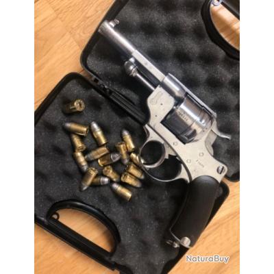 Magnifique revolver modèle 1873 11mm73. Saint Étienne. Chamelot delvigne