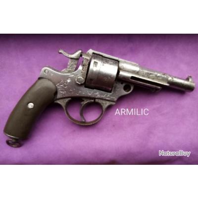 Revolver 1873 Chamelot Delvigne. A réviser. Rayures profondes.
