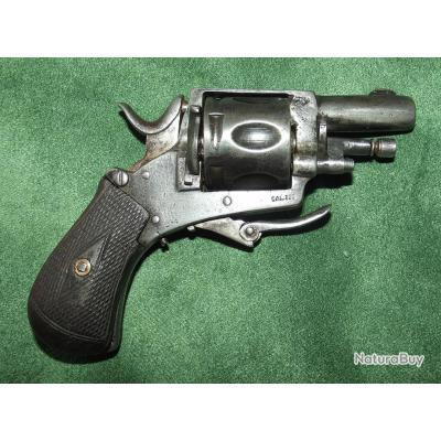 Revolver de type Bull-dog calibre 320 de production Liègeoise