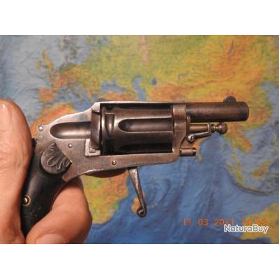 Revolver Vélodog hammerless 6mm à percution ELG  bon état