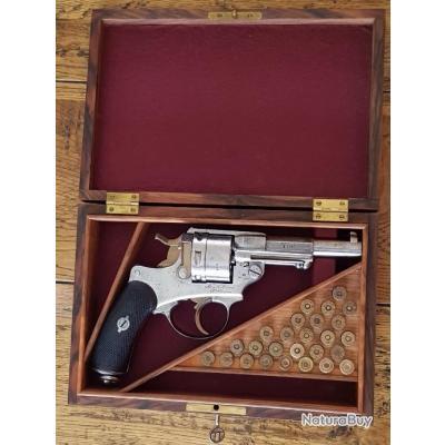 Revolver Modèle 1873 de Marine dans son coffret