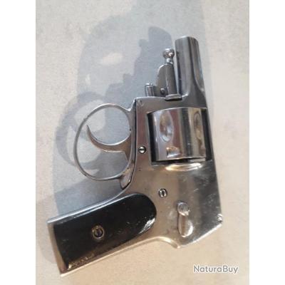 Revolver bulldog avec pontet nickelé 8mm