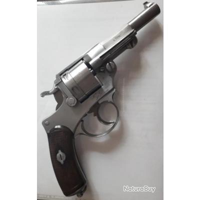 Revolver d'Ordonnance  Saint  Etienne modèle 73 daté de 1876