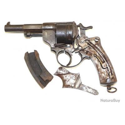 revolver règlementaire Français 1873 a restaurer  saint etienne fabrication en 1882
