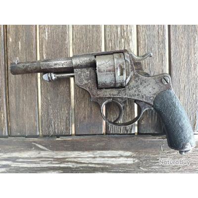 Revolver 1873 Saint Etienne avec son etui