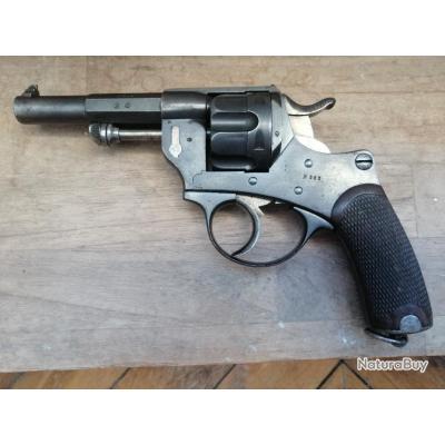 Très beau revolver réglementaire d'officier modèle 1874 - le 303 ième !