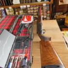 Benelli 828 U Sporting Black canons 76cm etat quasi neuf avec mallette et tous les accessoirs