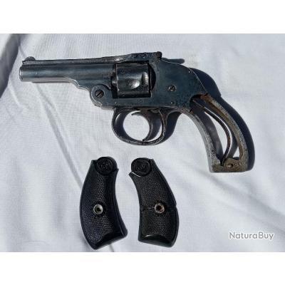 Revolver à Brisure Hammerless
