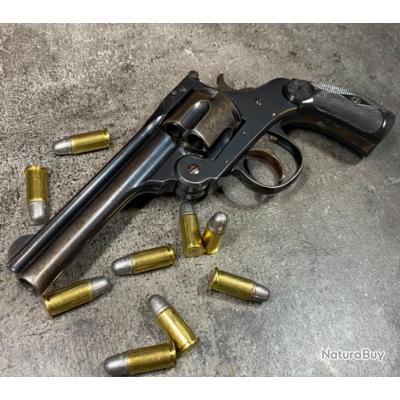Excellent Harrington&Richardson top break, calibre 38sw, bronzage d'origine, mécanique parfaite.