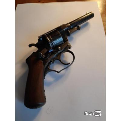 Très beau revolver de marque perrin 11 mm