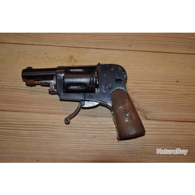 revolver hammerless 8mm