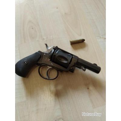 Revolver type bulldog 8,92mm à restaurer sans prix de réserve.