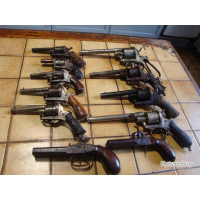 Pistolets et Revolvers à Broches